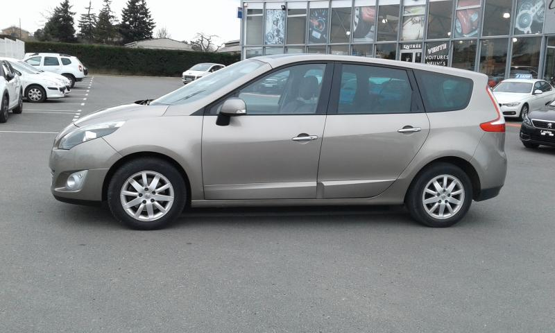 RENAULT GRAND SCENIC 5 PLACES